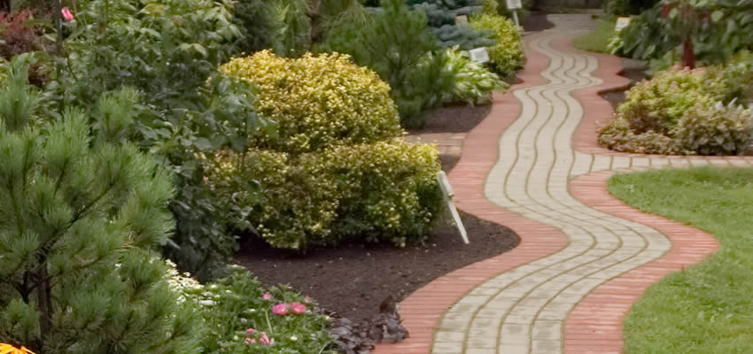 The Benefits of a Paver Sidewalk
